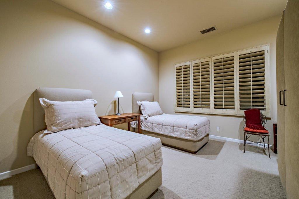 610 Gold Canyon Drive-large-046-73-146-1500x999-72dpi