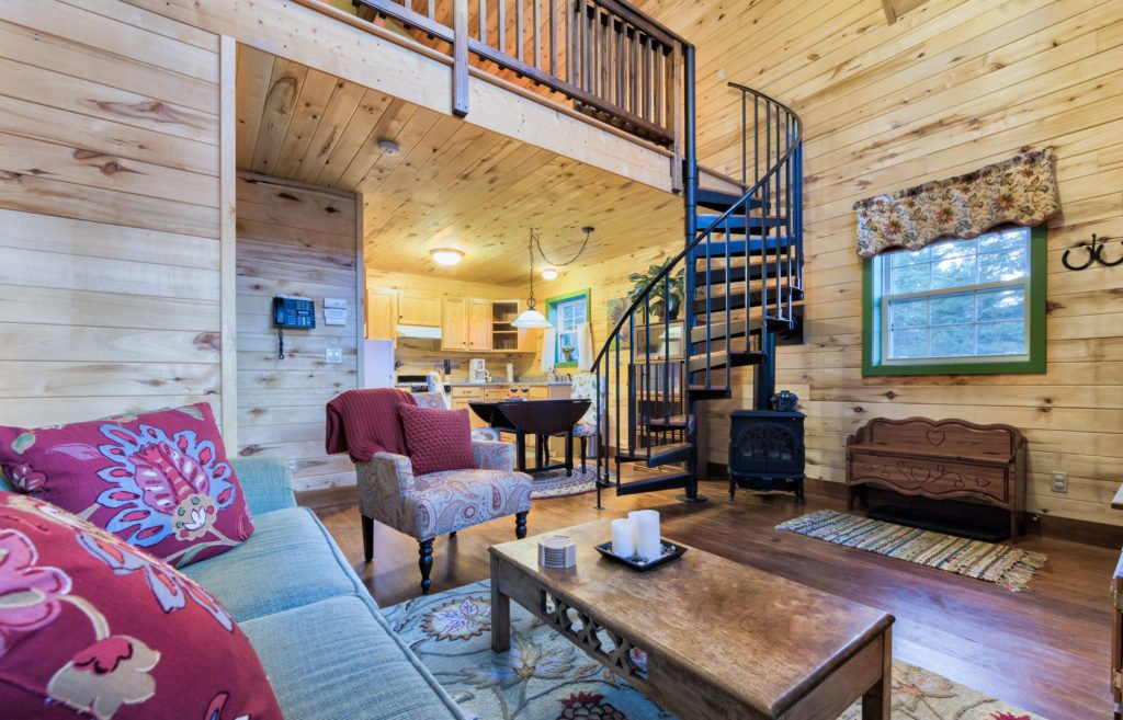 Alpinglow Cabin Living Room