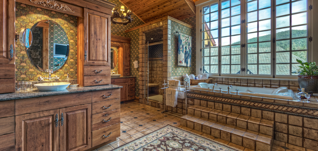 Lodge Master Bathroom