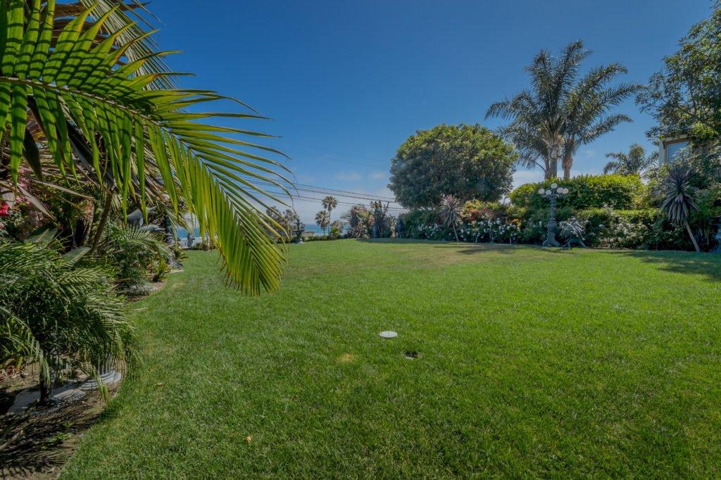27154 Sea Vista Drive Malibu backyard