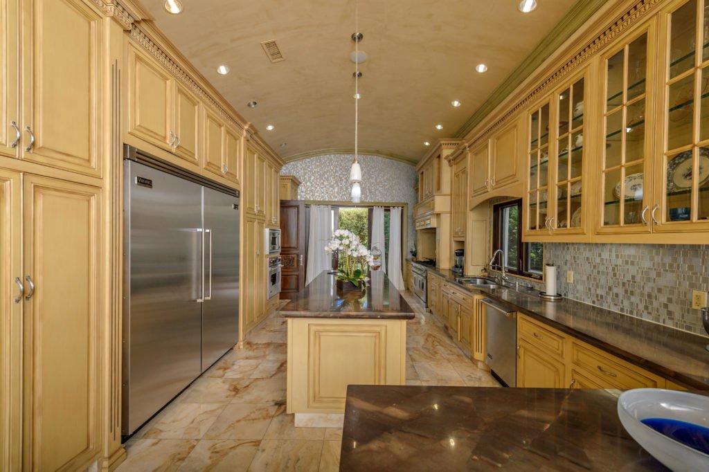 27154 Sea Vista Drive Malibu kitchen