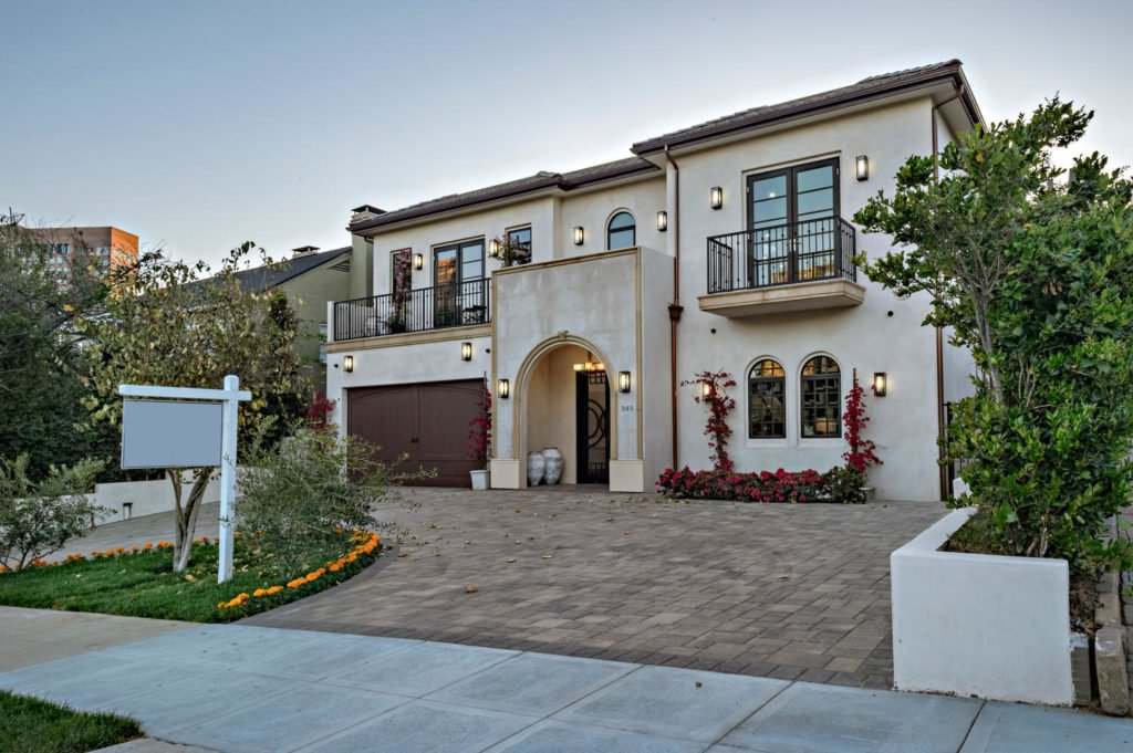 949 Malcolm Ave Los Angeles CA-large-004-6-0104-1500x999-72dpi