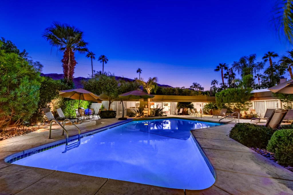 537-s-grenfall-rd-palm-springs-large-008-6-0108-1500x999-72dpi