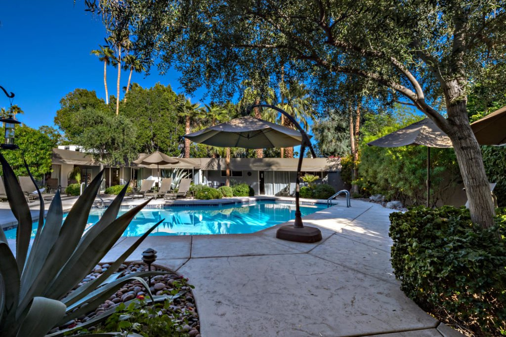 537-s-grenfall-rd-palm-springs-large-013-43-0113-1500x1000-72dpi