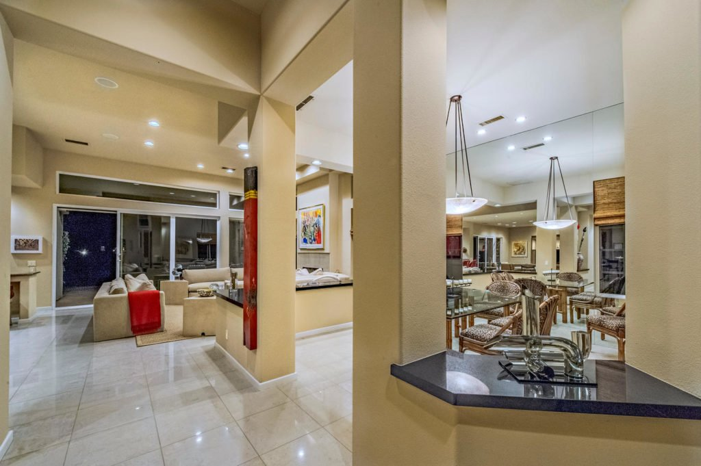 610 Gold Canyon Drive-large-015-47-115-1500x999-72dpi