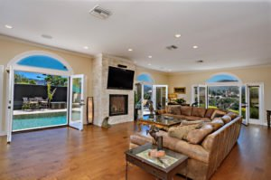 4235 Cornell Rd Agoura Hills-large-120-183-0220-1500x996-72dpi