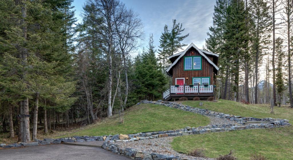 Edelweiss Cabin - Exterior
