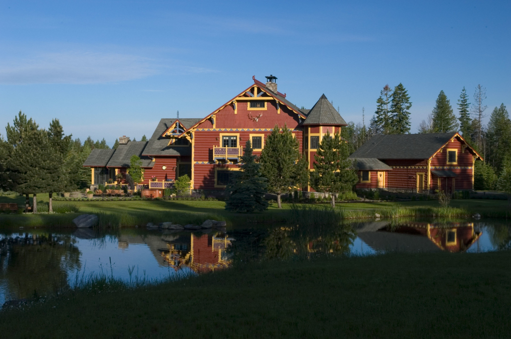Lodge in Summer