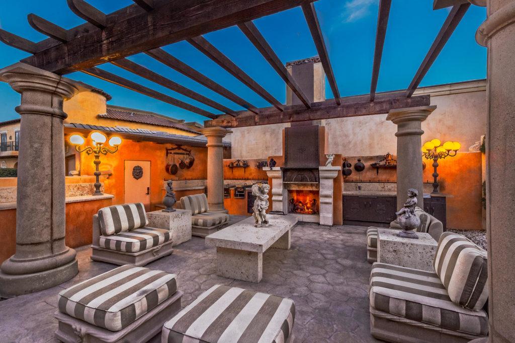 16 Va Condotti Rancho Mirage-large-015-115-1500x999-72dpi