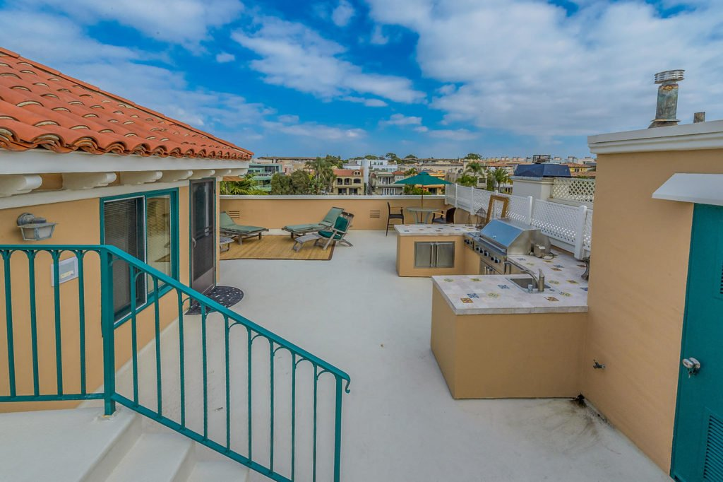 5302 Pacific Ave Marina del-large-122-216-1500x999-72dpi