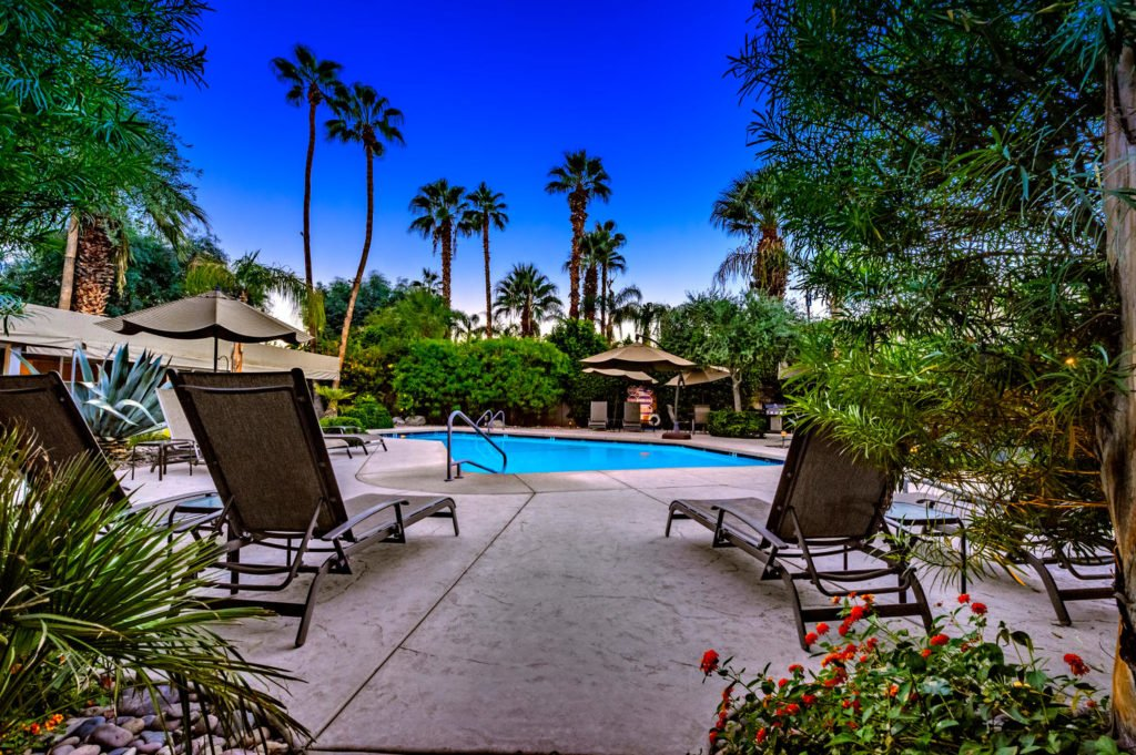 537-s-grenfall-rd-palm-springs-large-003-8-0103-1500x999-72dpi