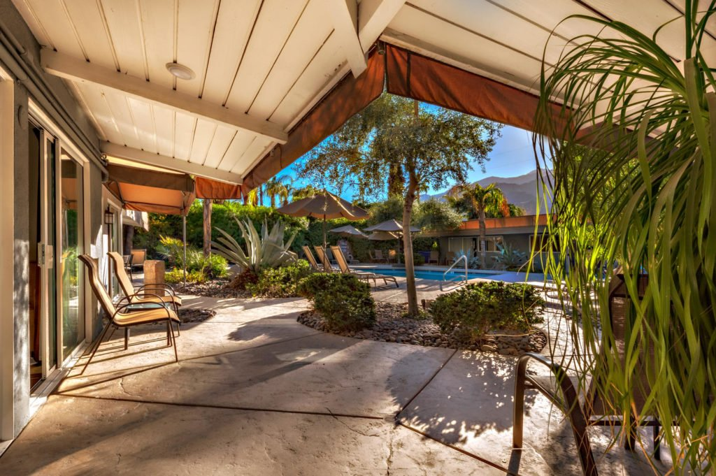 537-s-grenfall-rd-palm-springs-large-018-28-0119-1500x999-72dpi