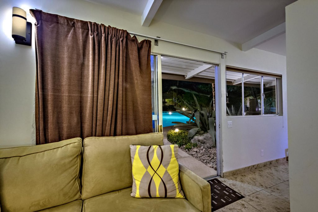 537-s-grenfall-rd-palm-springs-large-072-84-0174-1500x1000-72dpi