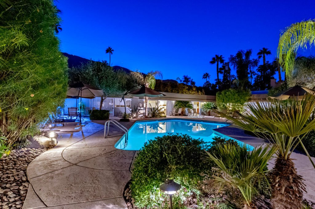 537-s-grenfall-rd-palm-springs-large-088-74-0190-1500x999-72dpi