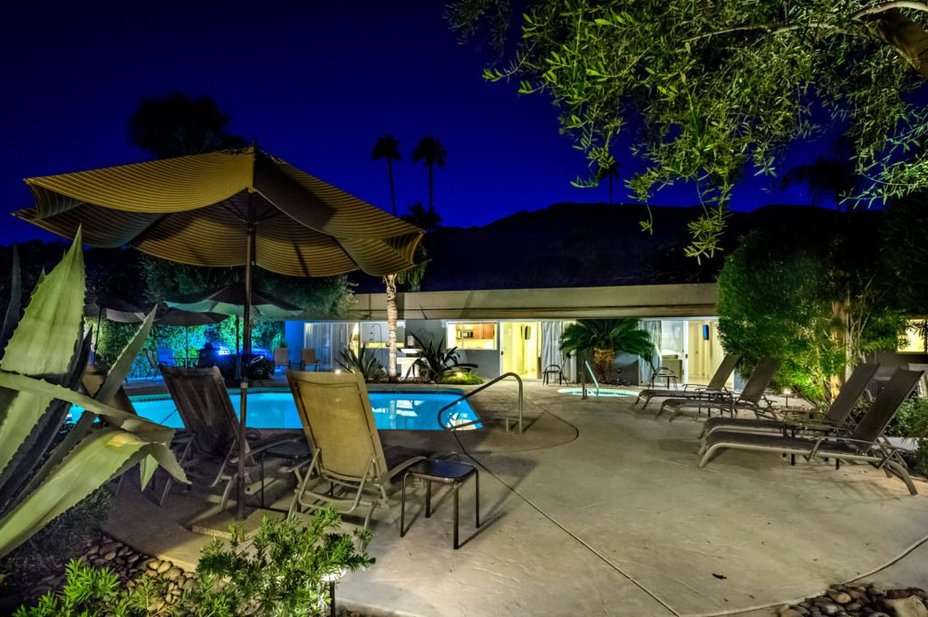 537-s-grenfall-rd-palm-springs-large-090-69-0192-1500x999-72dpi